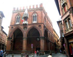 Palazzo della Mercanzia (Camera di Commercio)