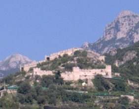 Castello di San Nicola de Thoro-Plano